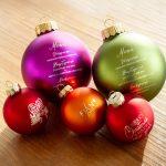 Individuell gravierte Christbaumkugeln als Geschenk