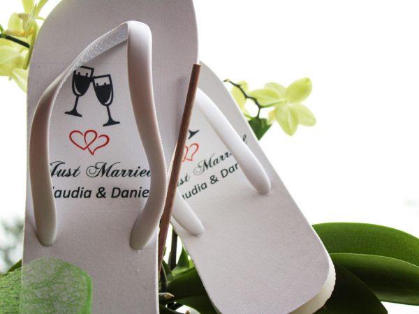 Hochzeits-Flip Flops für ausgelassene Tanzeinlagen